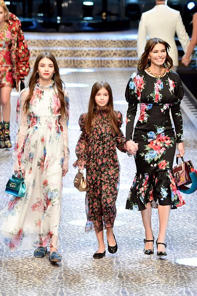 Анна Брострем с дочерьми