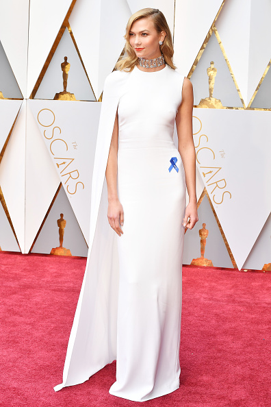 Карли Клосс (24) в платье Stella McCartney