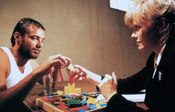 Кадр из фильма «Корелли»