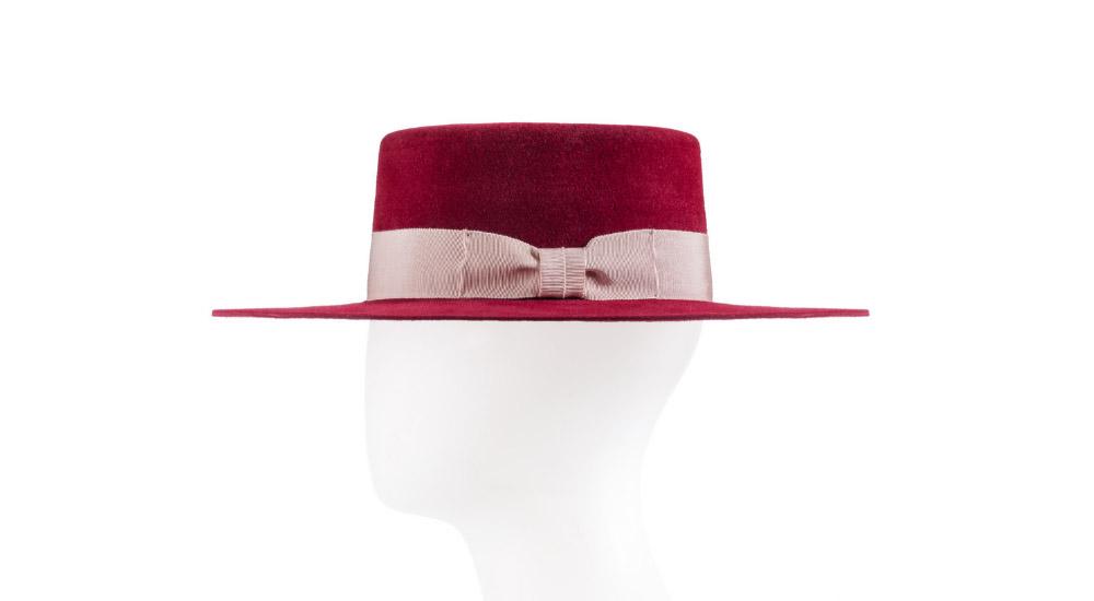 Шляпа Sodade, 21000 р. (2213gift.ru)