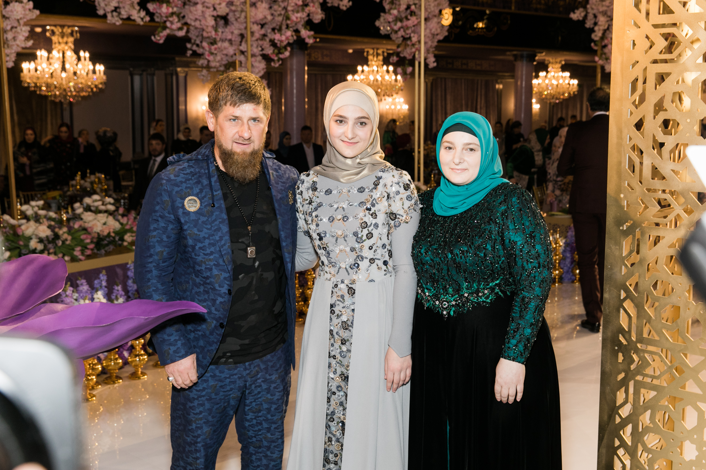 Рамзан, Айшат и Медни Кадыровы