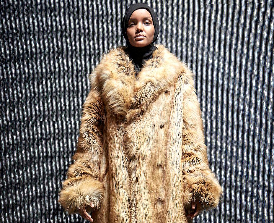 Модель из Сомали на показе Канье Уэста Yeezy Season 4