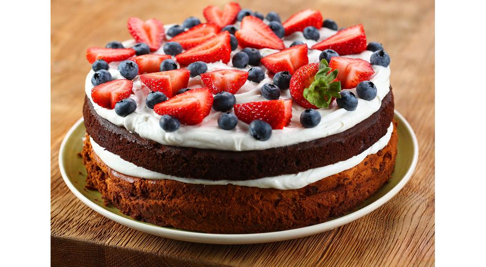 Ужин в кафе I Love Cake на Патриарших прудах, средний счет: 1000-1500 р.