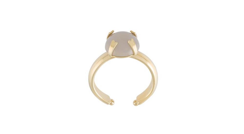 Кольцо с камнем Isabel Marant, 5000 р. (farfetch.com)