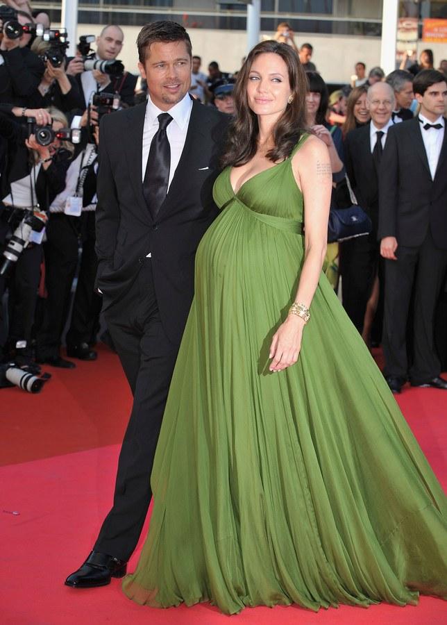 Анджелина Джоли (41)