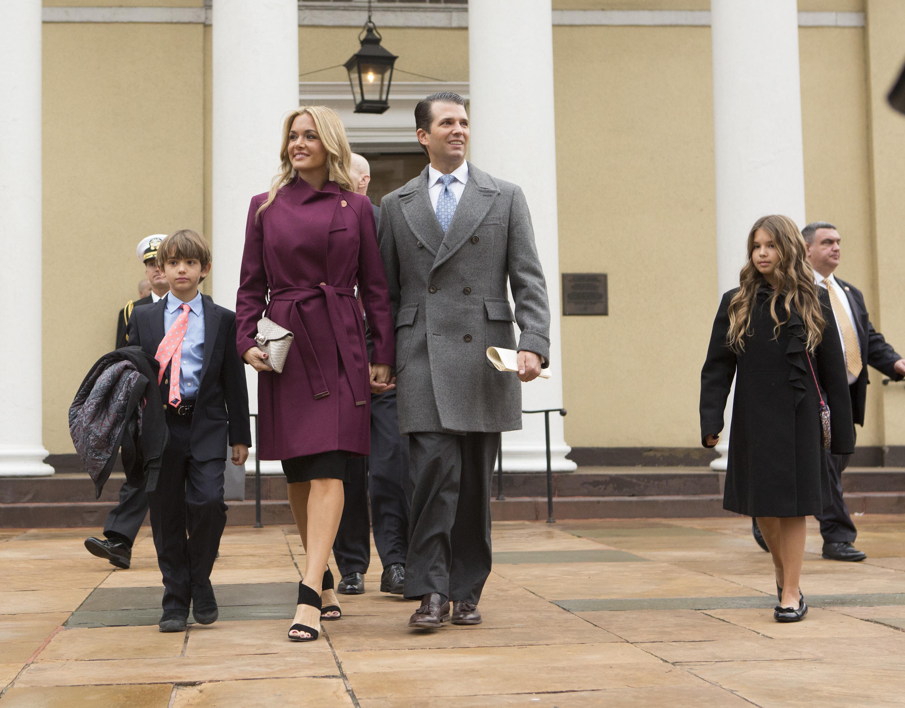Дональд Трамп младший с семьей