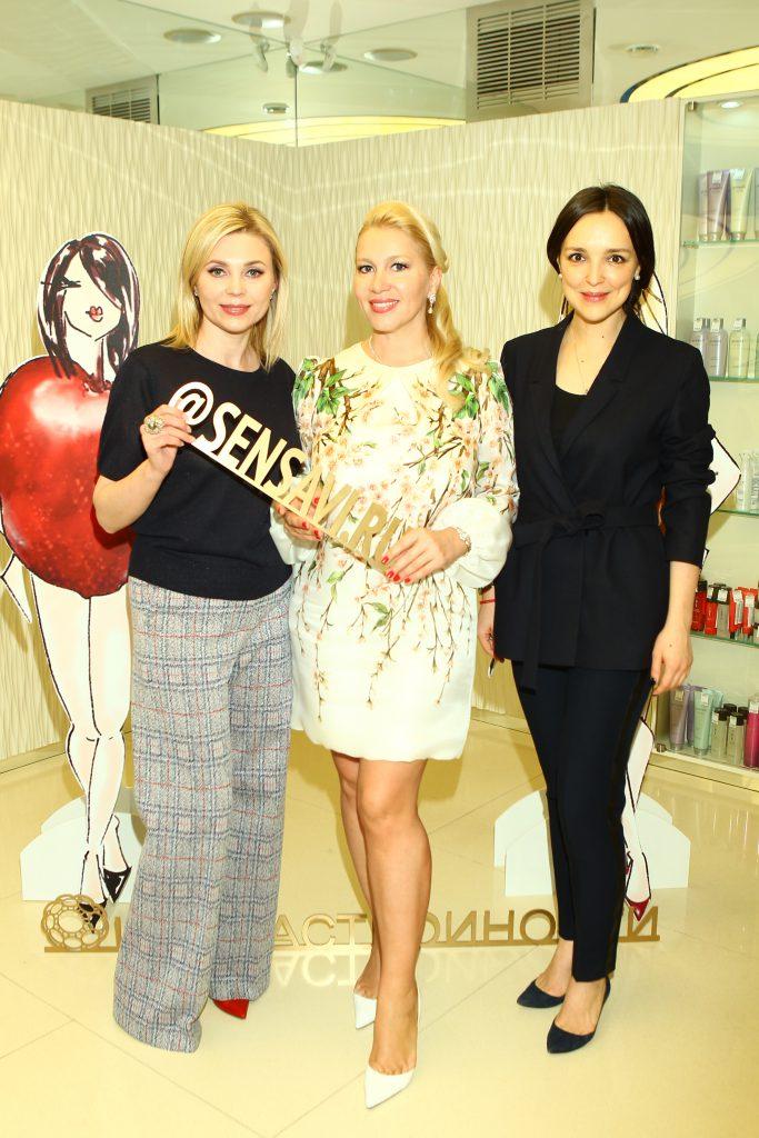 Юлия Карасева, Екатерина Одинцова и Алина Крюкова