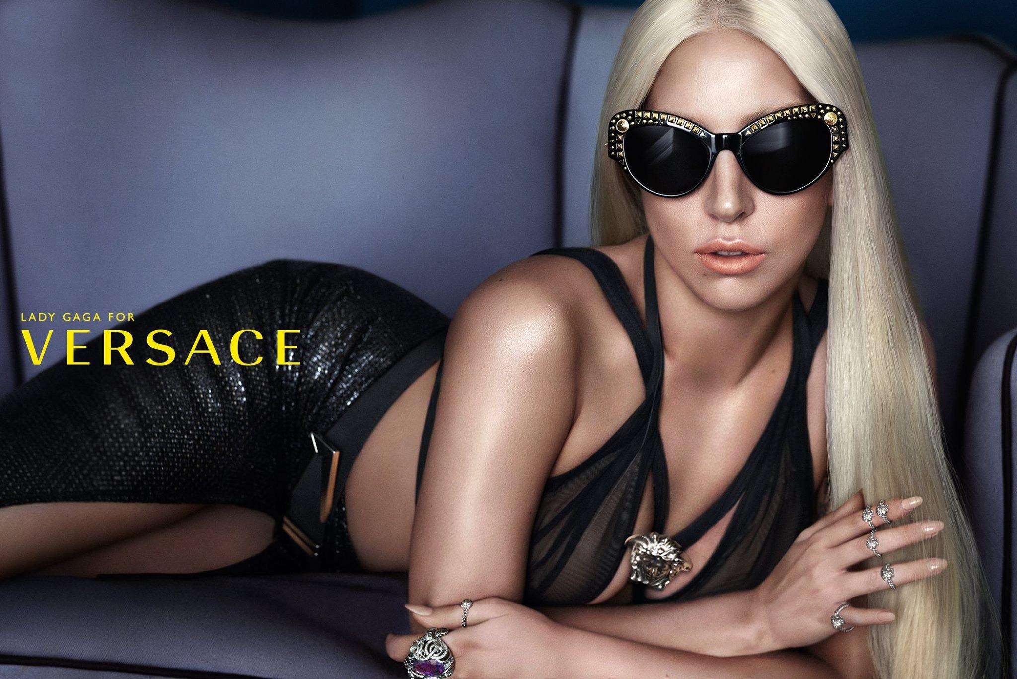 Леди Гага в рекламной кампании Versace