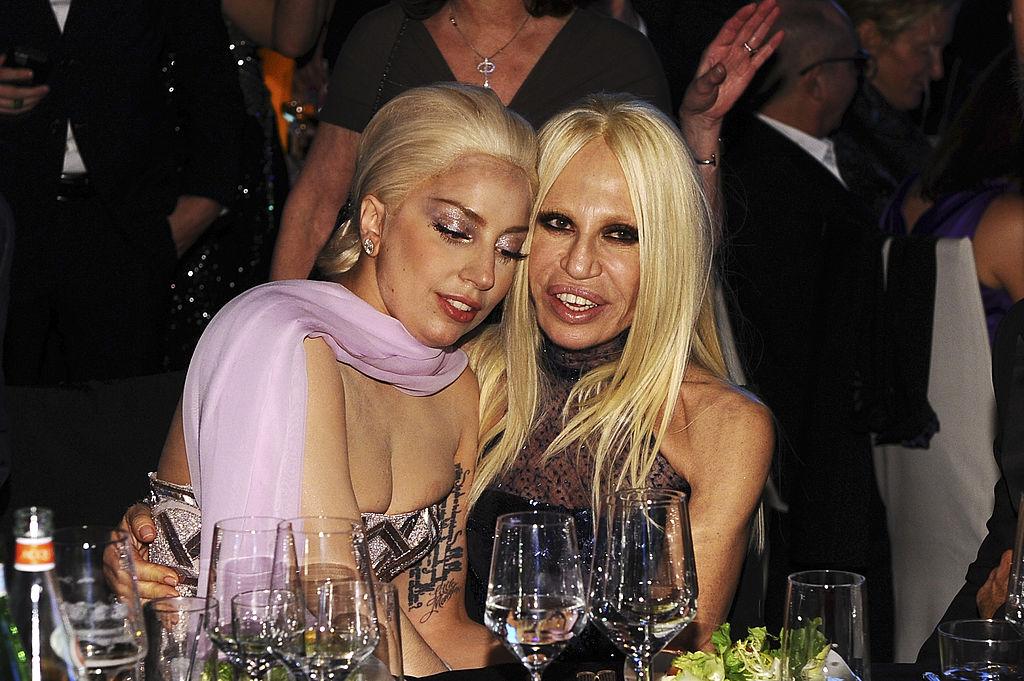 Леди Гага и Донаттела Версаче