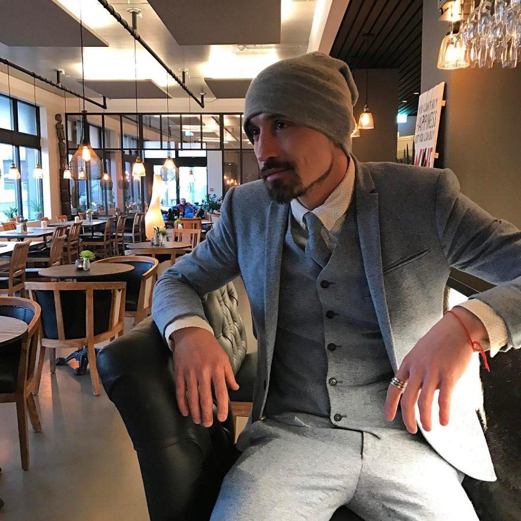 Дима Билан отдыхал в Исландии, но уже сегодня он возвращается домой