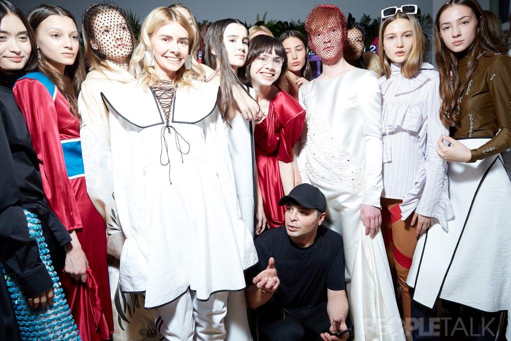 Александр Арутюнов и модели