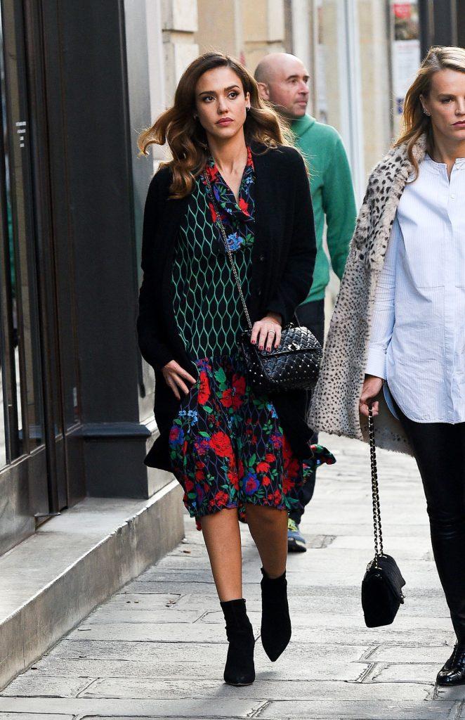 Джессика Альба в платье H&M x Kenzo, $120