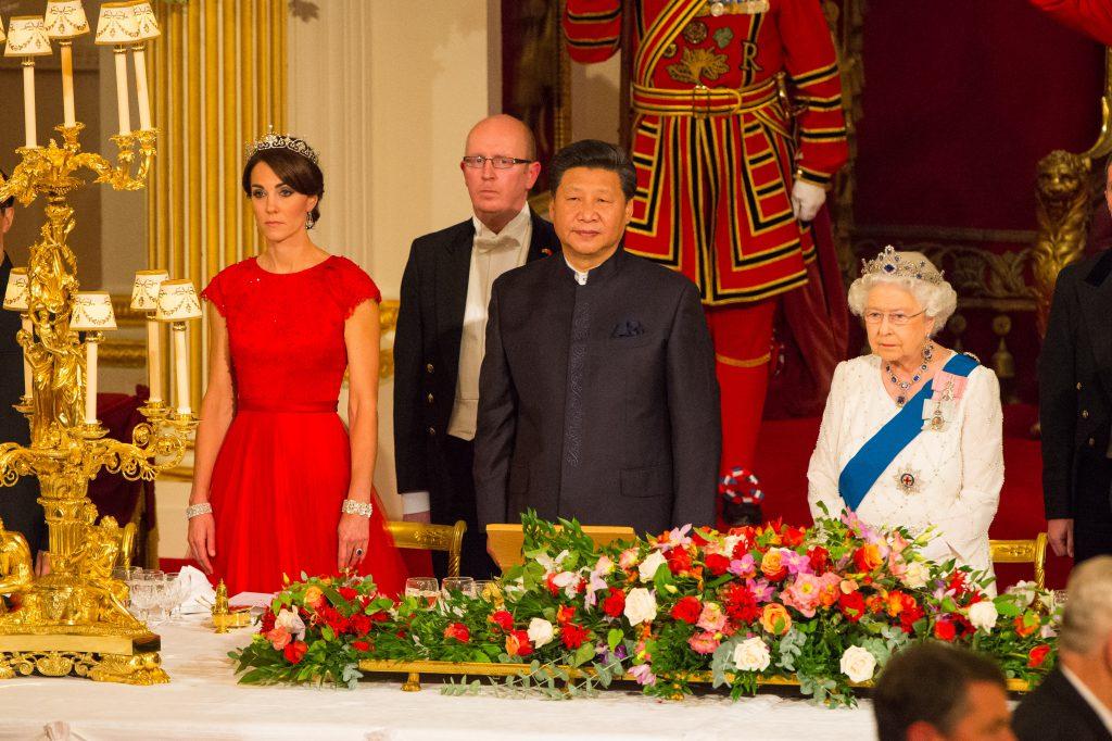 Кейт Миддлтон, Си Цзиньпин и королева Елизавета II