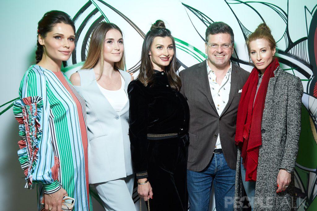 Полина Аскери, Алина Топалова, Ирина Йовович, Константин и Ольга Андрикопулос