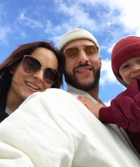 Леван Горозия с женой и сыном