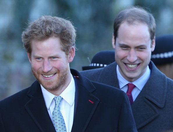 «Они расстались не слишком хорошо»: инсайдер об отношениях принцев Гарри и Уильяма