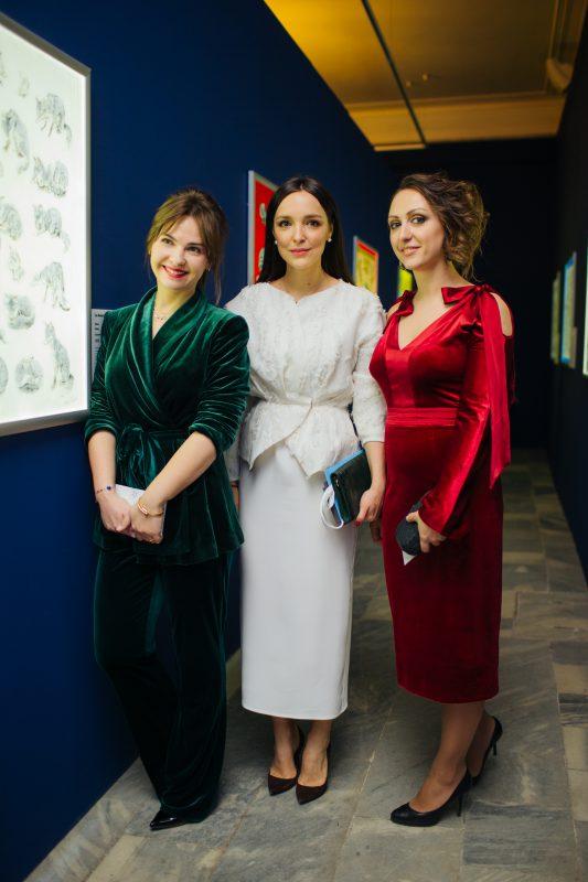— Юлия Чеканова, Алина Крюкова и Вероника Табенская