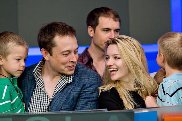 Джастин и Илон Маск с детьми