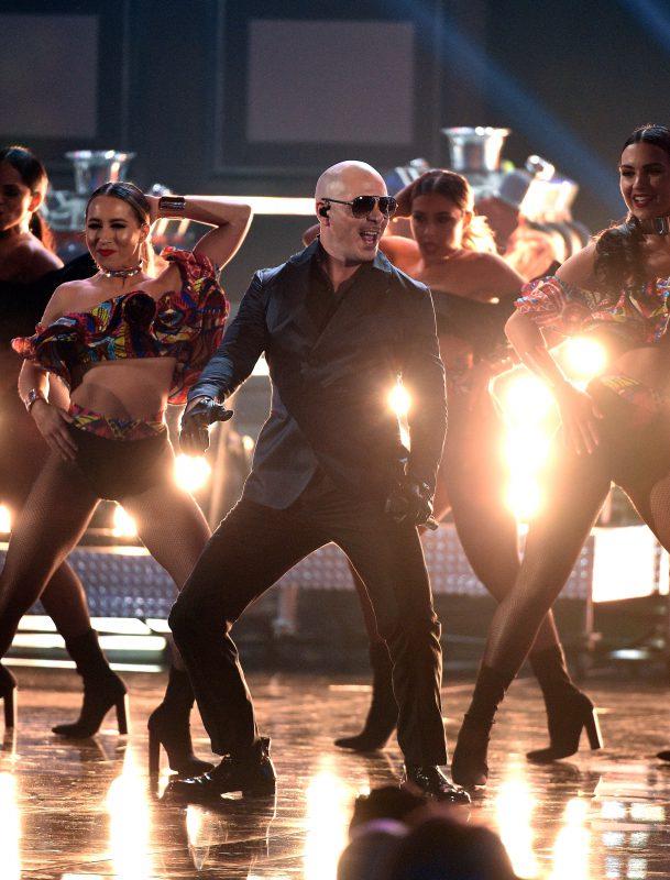 — Рэпер Pitbull