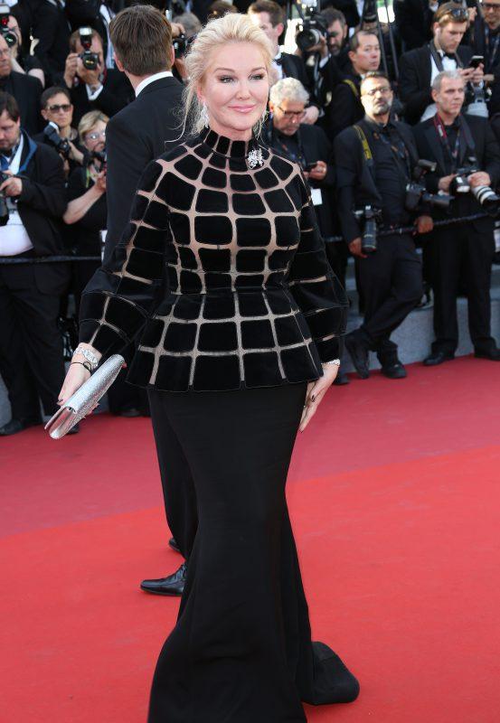 — Юлия Янина в платье Yanina Couture
