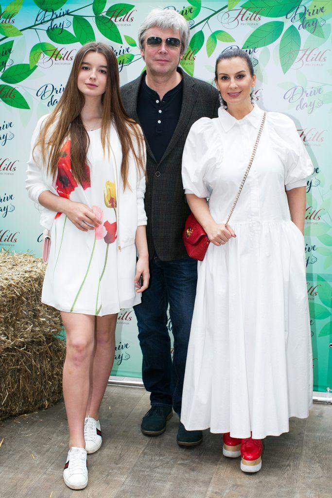 Алкександра, Александр и Екатерина Стриженовы