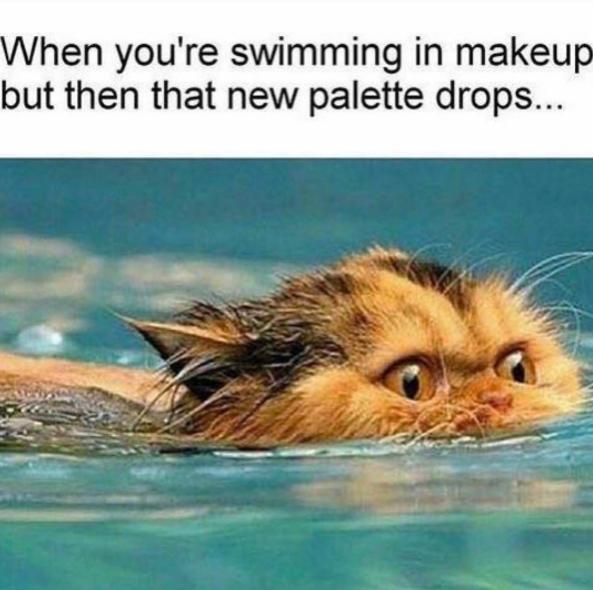 Когда ты плаваешь с макияжем