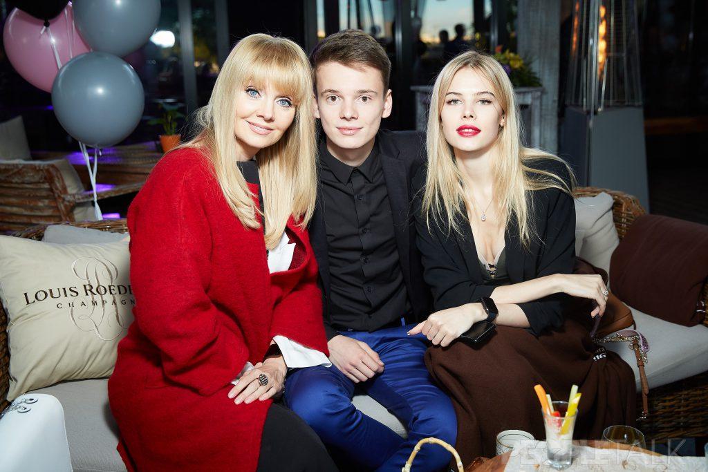 Валерия, Арсений Шульгин и его девушка Анна