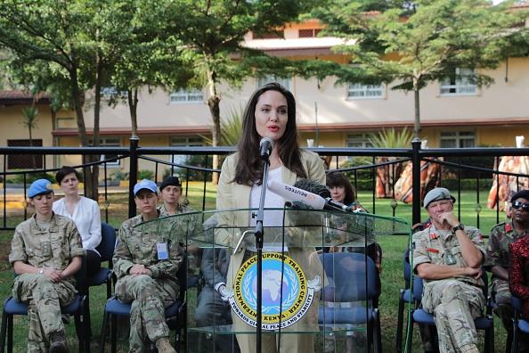 Анджелина Джоли в Кении