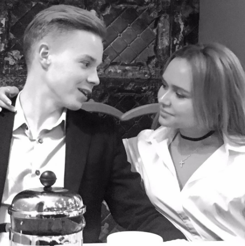 Стеша Маликова с бойфрендом
