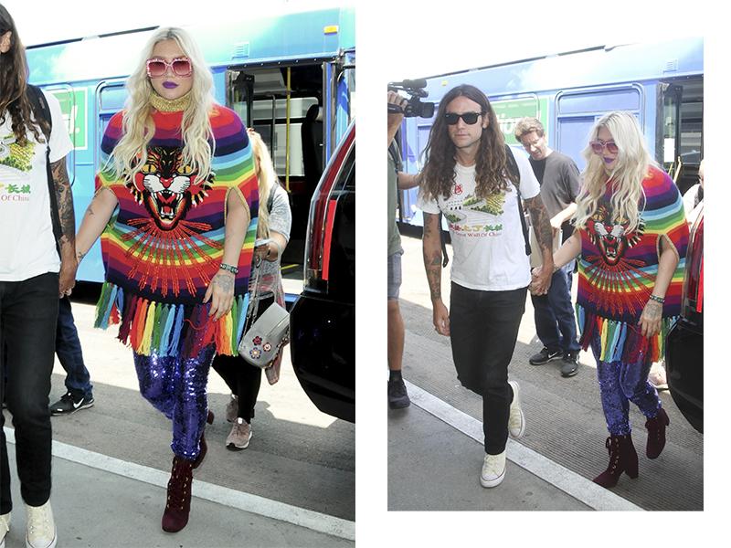 Певица Кеша со своим парнем Брэдом Ашенфельтером в аэропорту Лос-Анджелеса