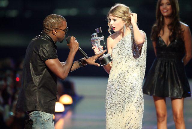 Канье Уэст и Тейлор Свифт на MTV VMA 2009