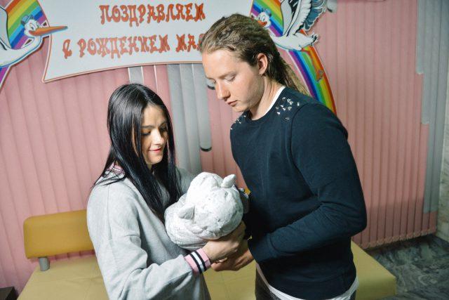 Анна Куликова с мужем и дочкой