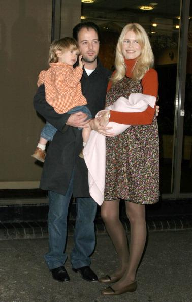 Мэттью Вон и Клаудия Шиффер с детьми