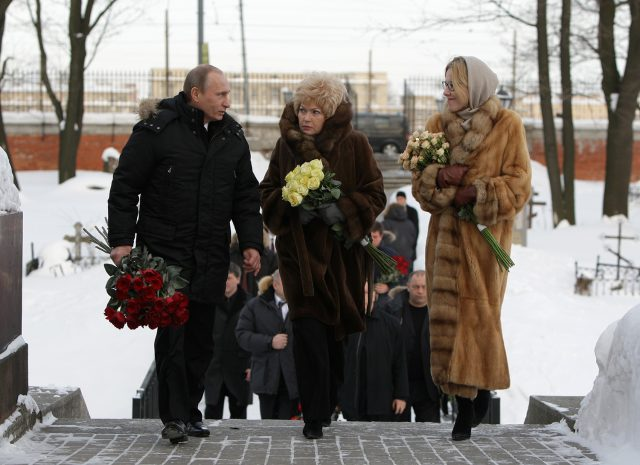 Владимир Путин, Людмила Нарусова и Ксения Собчак