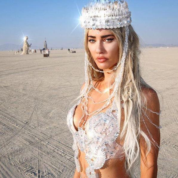гостья Burning Man