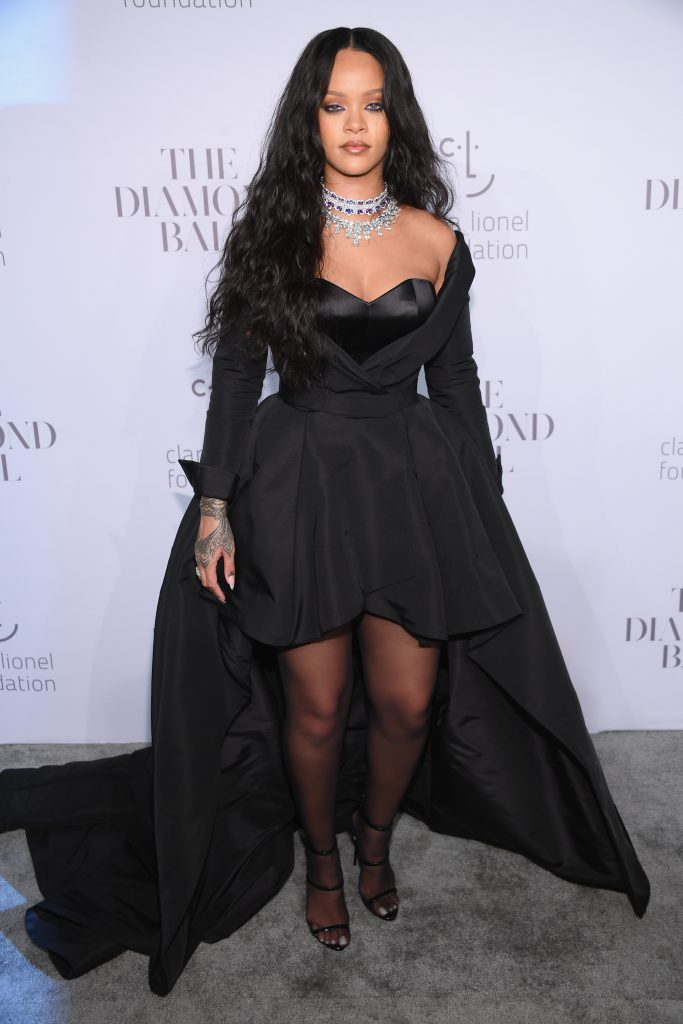 Рианна на благотворительном балу Diamond Ball