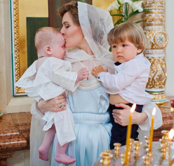 Мария Кожевникова сыновьями