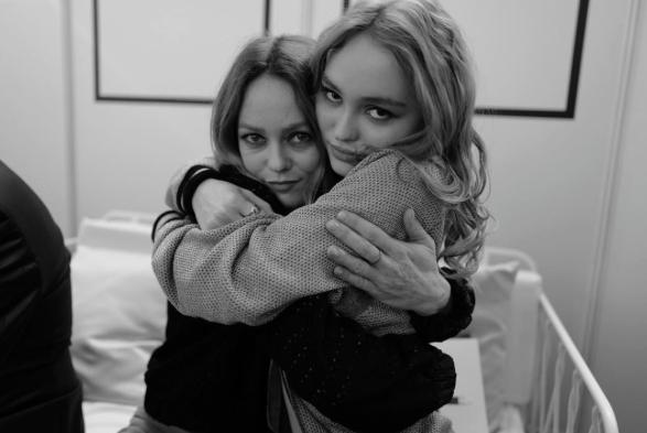Ванесса Паради с дочкой Лили-Роуз Депп