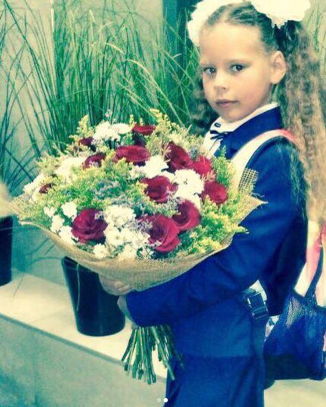 Дочь певицы Максим Александра