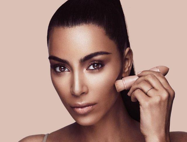 Интересные факты о Ким Кардашьян на PEOPLETALK
