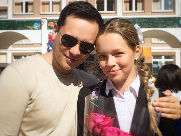 Александр Асташенок с дочкой Викой