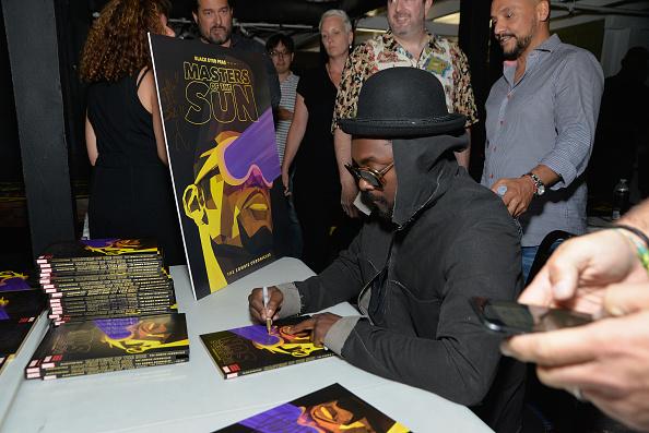 Black Eyed Peas на презентации новой книги