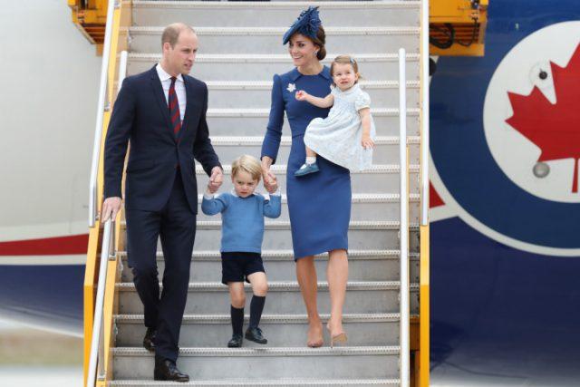 Королевская семья в Канаде