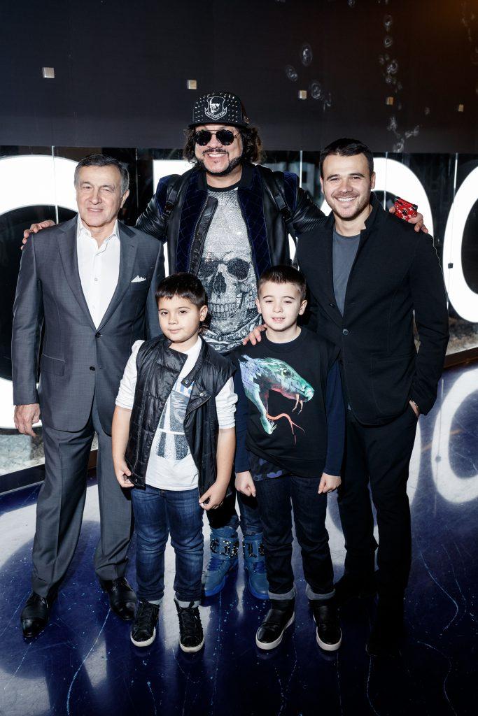 Арас Агаларов, Филипп Киркоров и Эмин Агаларов с детьми