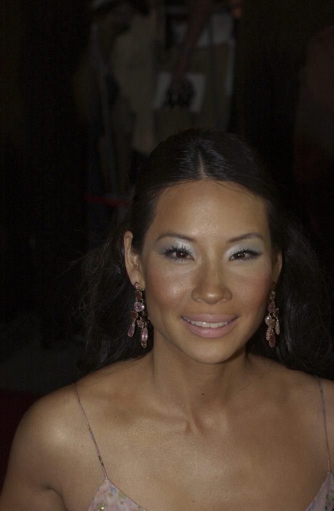 Люси Лью (2003)