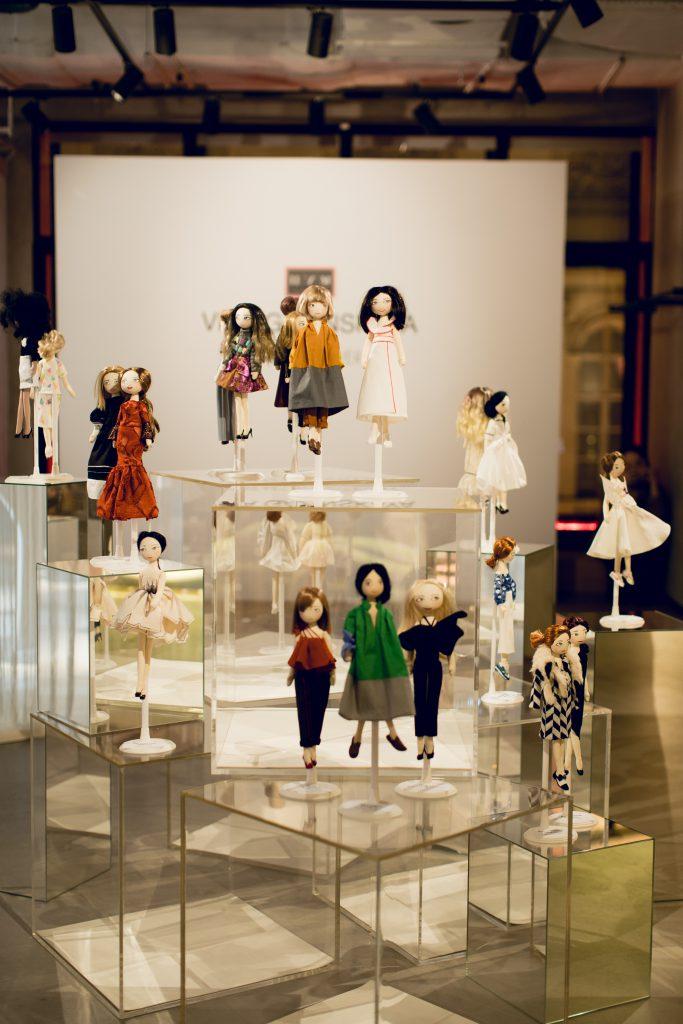 Выставка Vika Gazinskaya