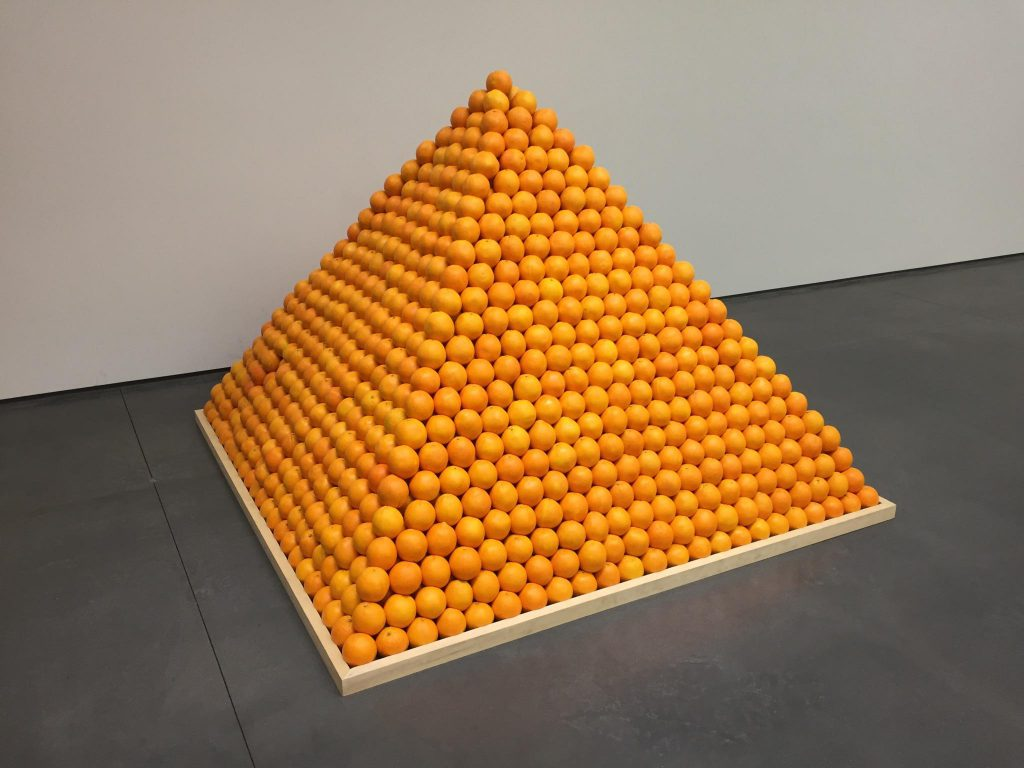 «Пирамида из апельсинов» («Город души») (1967), Рулов Лоу
