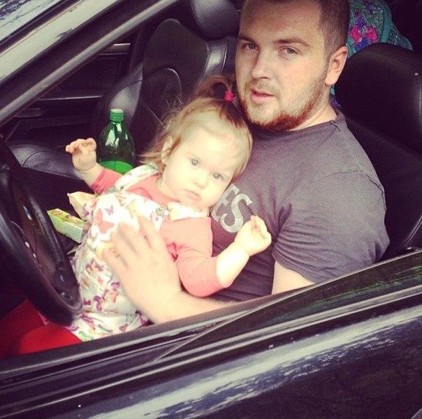 Павел Сердюк с дочкой