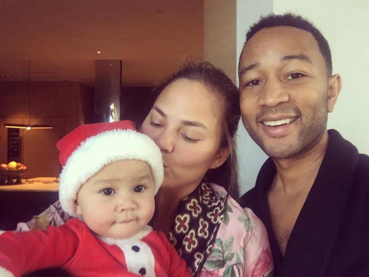 Крисси и Джон с дочкой Луной