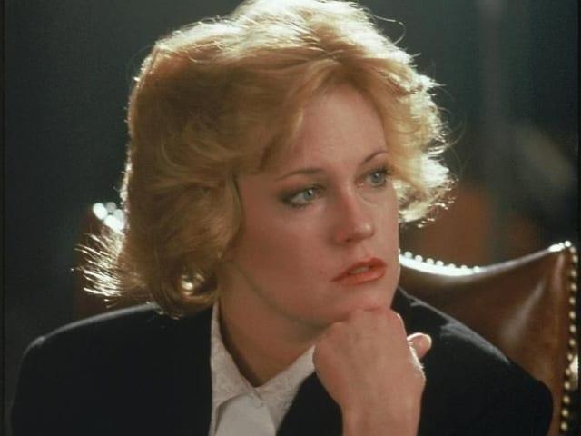 Актриса Мелани Гриффит, 1988. Просто потому, что она крутая. И набила на плече имя Бандераса!